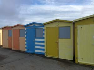 Add a splash of colour to the seaside.