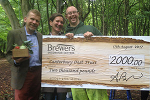 Brewers donated £2000 to COT to purchase a mobile sawmill to create oak boards for future woodwork projects